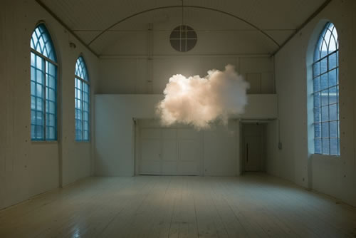 Indoor-cloud-berndnaut
