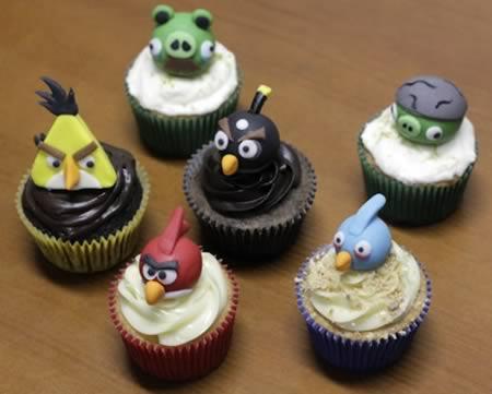 A97914_cupcake_11-angry-bird